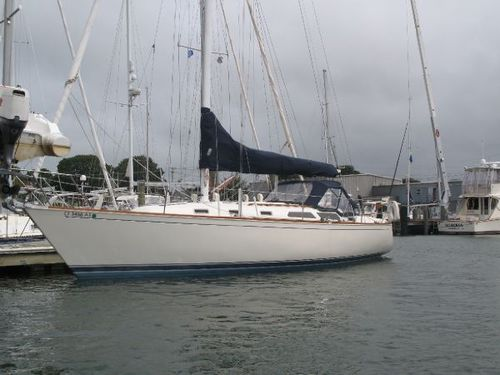 Her name (well her current name) is Poetry and she's a 1988 Mk2 Sabre 38.